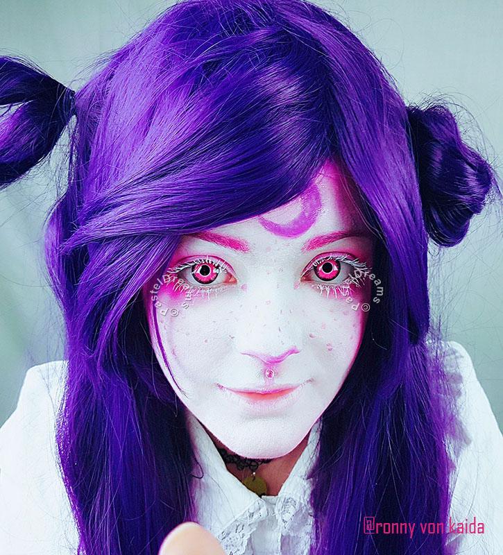 @ronnyvonkaida crazy lenses colored Contact lenses pink demon by @pasteldreamsuk . #photoshoot #valentinemakeup #valentinetheme #horns #whitedress #purplehair #pink #flowers #photography #fantasymakeup #fantasyshoot #kawaii #pinklenses #pasteldreamsuk #pastelgoth #cosplayer #coloredlenses #contactlenses #circlelenses #creepycute