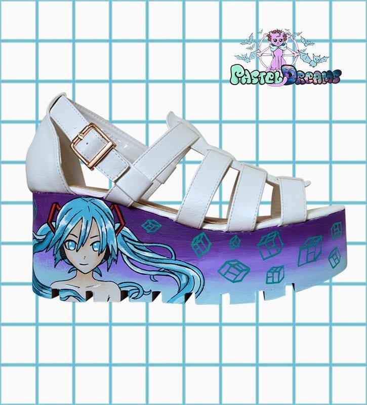 miku sandals 3