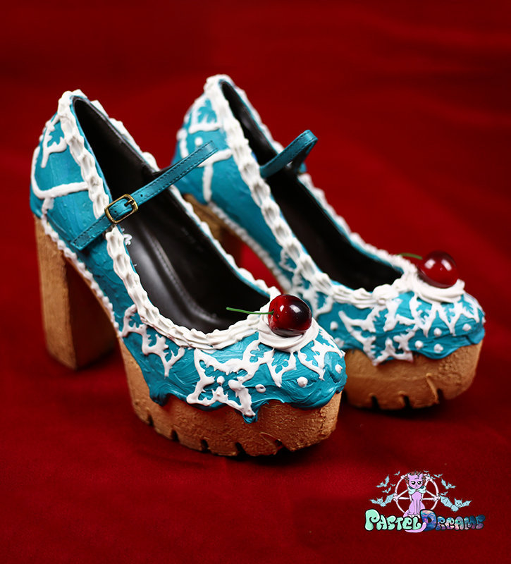 floral cake custom made chunky heels shoes one of the kind, Pastel Goth
