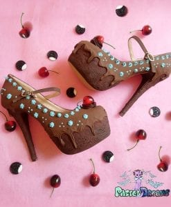 chocolate mint cake heels with cherry topping